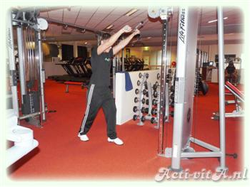 Cable Straight Arm Pulldown