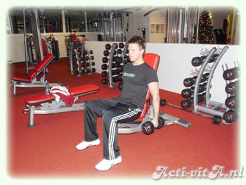 Dumbbell Seated curl